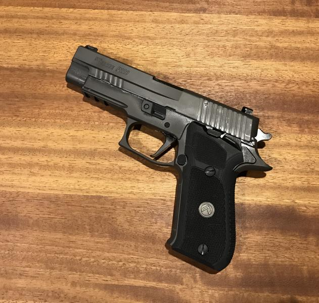 dating a sig p220