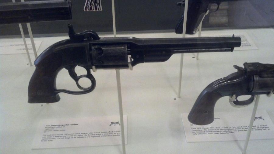 Name:  revolver.jpg Views: 389 Size:  41.5 KB